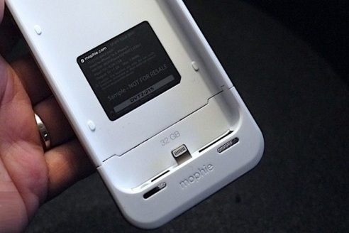 Mophie-The-Space-Pack-2